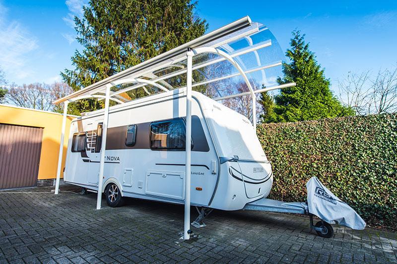 carports et abris sur mesure pour caravanes bozarc. Black Bedroom Furniture Sets. Home Design Ideas