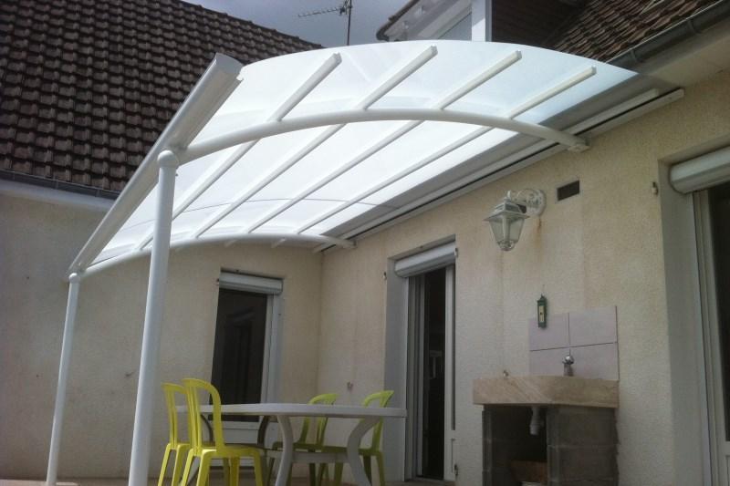 Pr parez votre auvent de terrasse pour affronter l hiver for Auvent en toile pour terrasse