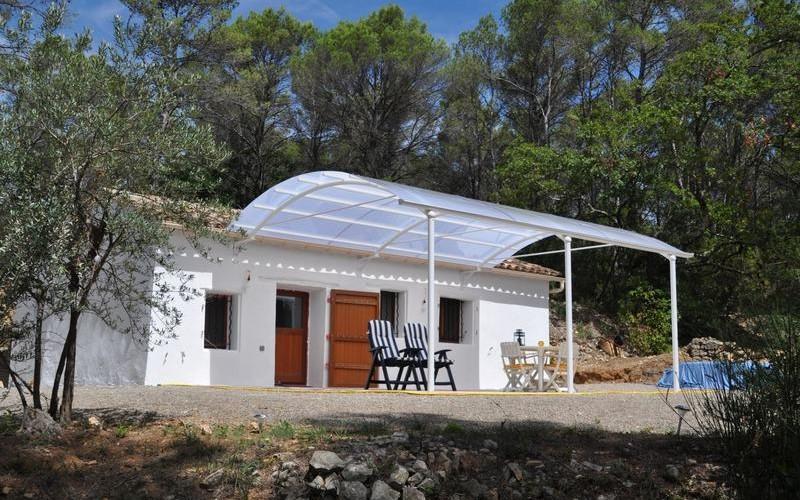 Un abri de terrasse design au meilleur prix bozarc - Auvent transparante terras ...